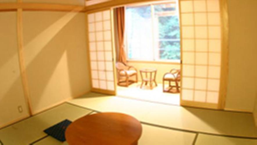 *【和室】畳のお部屋でのんびりとおくつろぎください。
