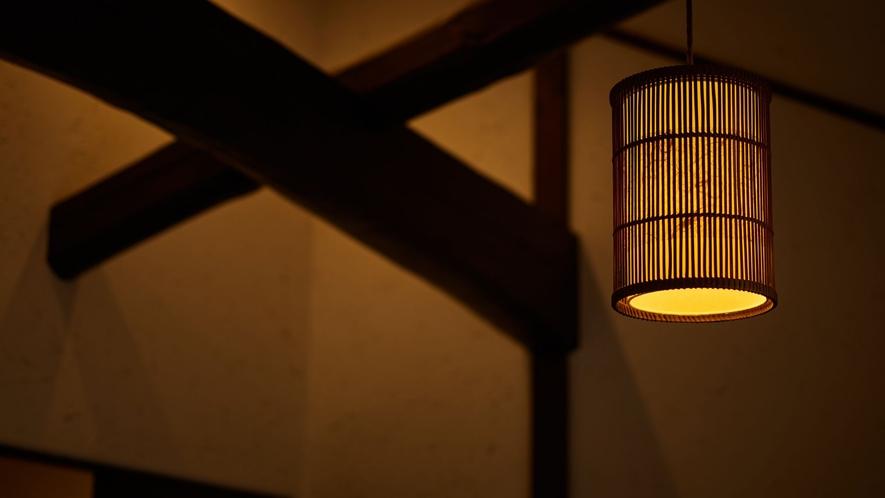 【珊瑚】客室の照明