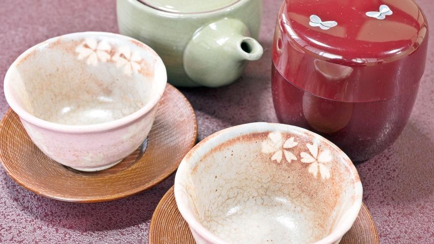 *【サービス】お茶菓子が各部屋にございます。