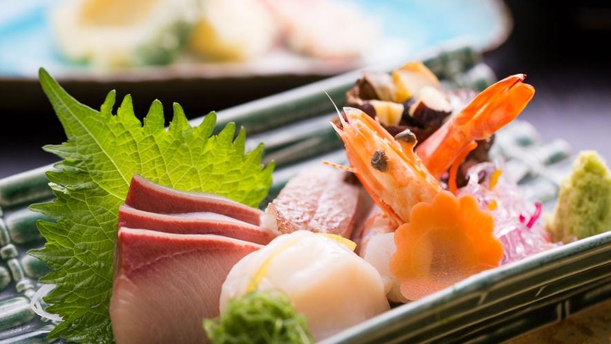 *【夕食一例】新鮮!旬のお魚のお造りをご用意致します。