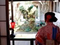 食事処 町屋カフェ【寺子屋】蔵を望む