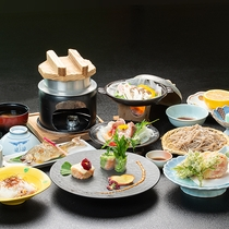 *【夕食一例】自家製の十割そばや三川産コシヒカリを使用した釜飯など、当館ならではのお料理をどうぞ。