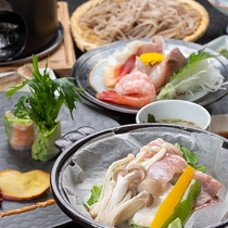 *【夕食一例】厳選された旬の食材を使った新潟の素朴な田舎料理をお楽しみください。