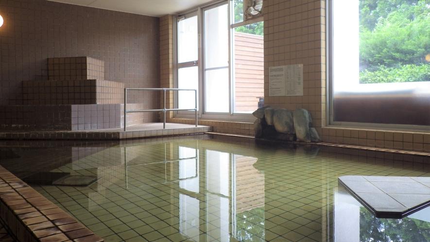 *【大浴場】源泉は、塩原11湯の中で一番奥に位置し、最も新しい上塩原温泉に属します