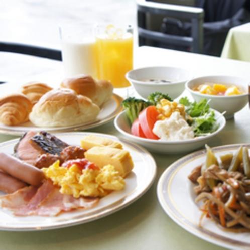 メニュー豊富な朝食バイキングで、1日の活力を♪