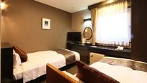 ☆ファミリーツインルーム☆■広さ15平米ベッド■セミダブル120cm+シングル100cm