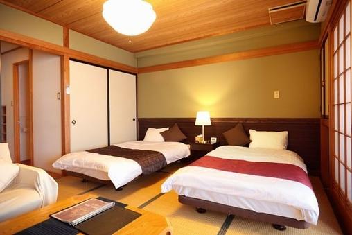 2012年リニューアル 禁煙3階和室ベッドタイプ
