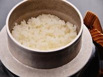 契約農家の塩田平産コシヒカリ(釜焚き御飯)