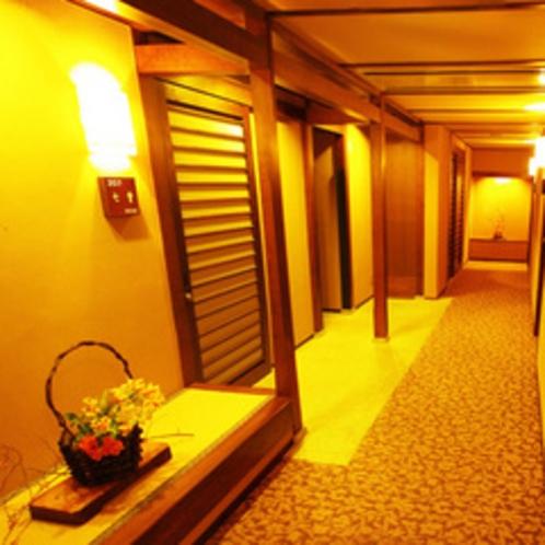 廊下の一角 2F