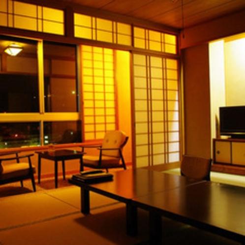 川側和室10畳-夜景を楽しめる、広々と寛げる