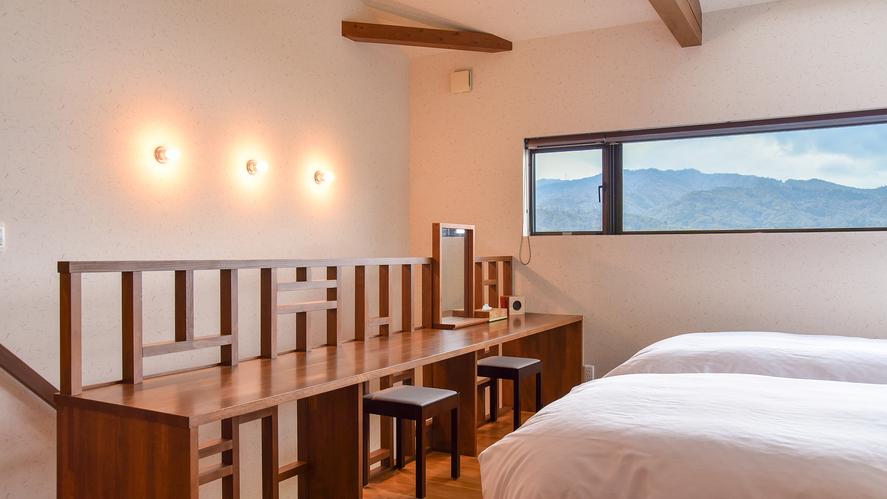 *[千貫/2層式メゾネット客室一例]2階・リビングと一体化したベッドルーム