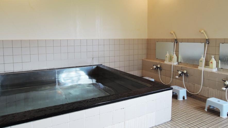*【小浴場】12名様収容のお風呂です。男女の振分は当日ご案内します