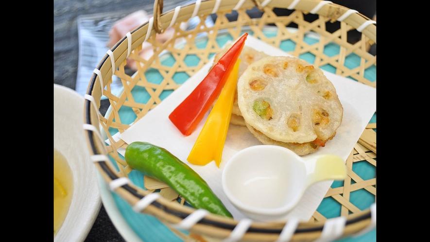 【ご夕食】海鮮蓮根挟み揚げ