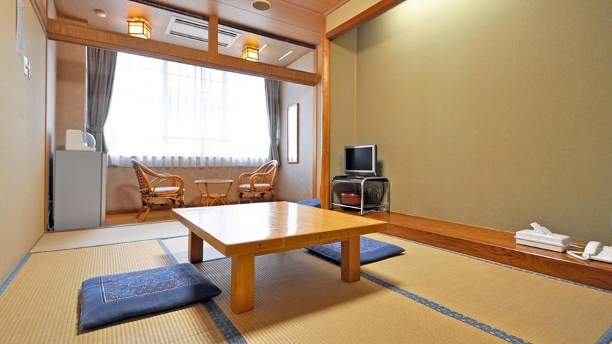 【客室】和室8畳(トイレ付)