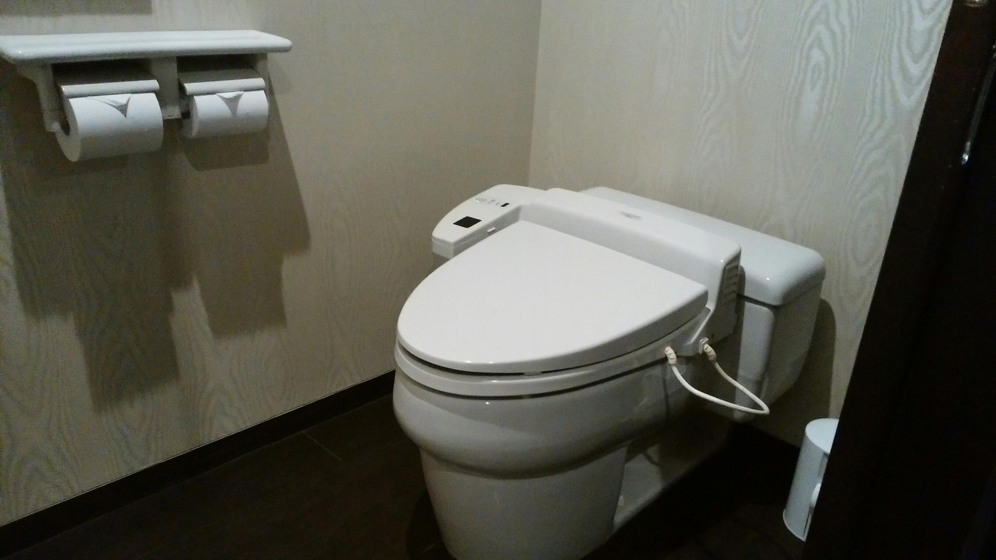 ■洋室ツイン(トイレ)