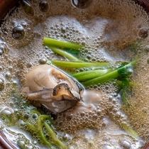 牡蠣の小鍋霙仕立て