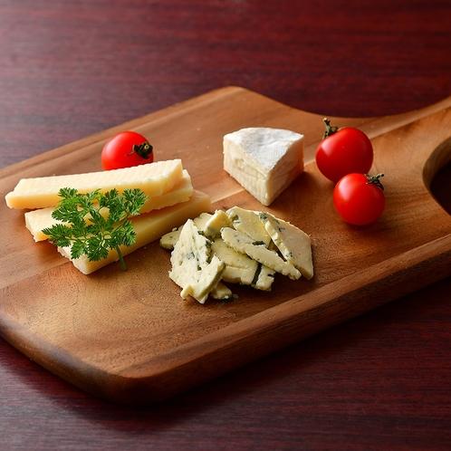 チーズの盛り合わせ例