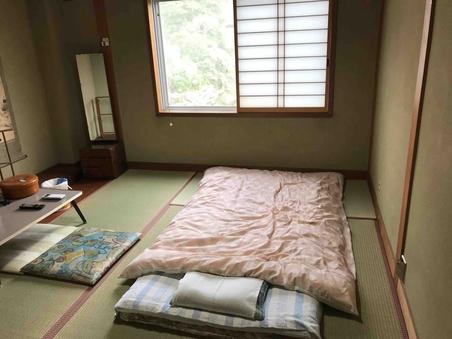 【喫煙】和室三人部屋(バストイレなし)