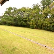*お部屋からの景観/2600坪の広大な敷地に佇む当館ならではの庭園が広がります。