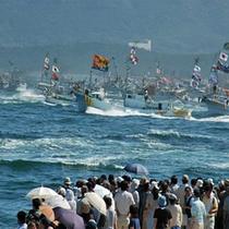 毎年10/1に開催される「海上神幸みあれ祭」