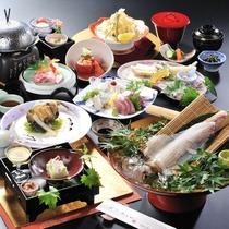 新鮮な食材にこだわって仕入れているため食感も美味しさも◎透きとおる鐘崎活イカは歯ごたえもあって絶品!