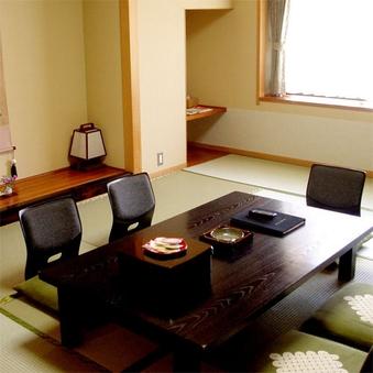 ★禁煙★和室12畳【フロ付・温水洗浄トイレ付】