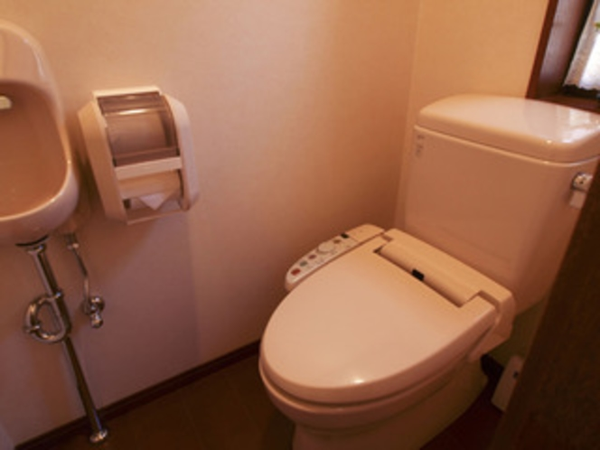 全室ウォッシュトイレ付きです