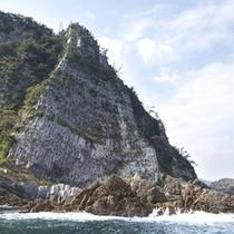 「 香住海岸のジオパーク 」の一例(名勝:鎧の袖)