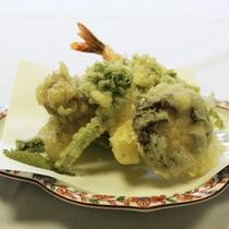*【天ぷら(一例)】揚げたての天ぷらをお召し上がり下さい♪