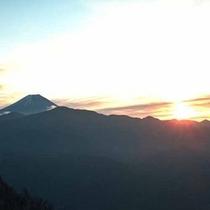 *【絶景の富士山】幻想的な景色にうっとり・・。