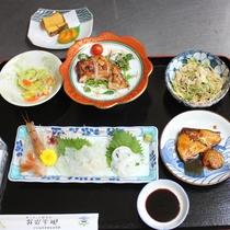 【ある日の夕食】管理栄養士の女将が作る日替わり料理