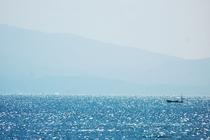 当館から見た有明海・漁船