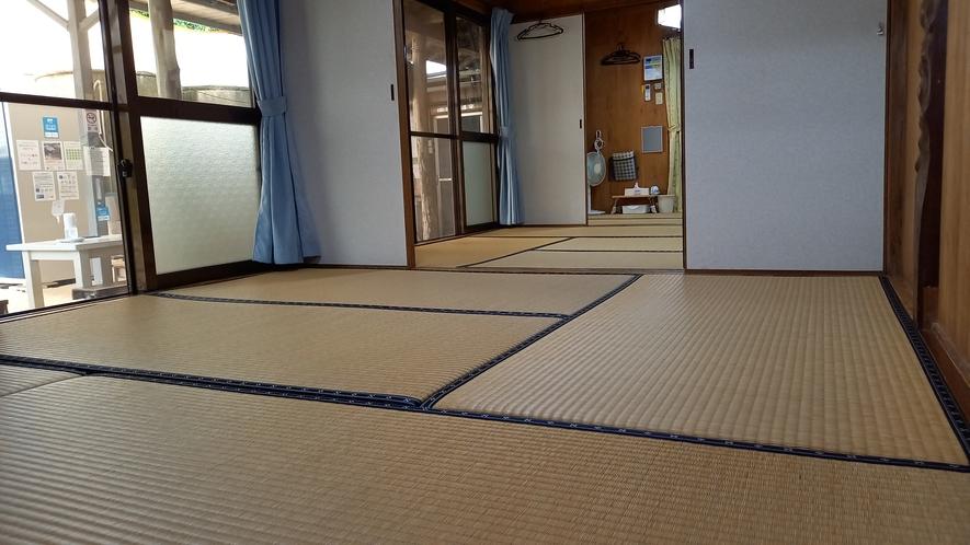 四人部屋(中庭側)