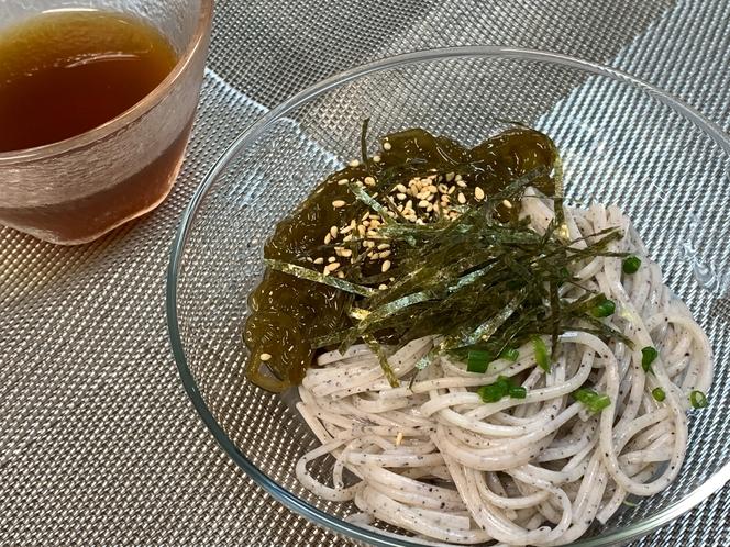 夕食の一例(縄文麺)