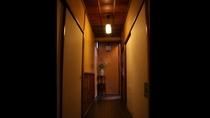 *【館内】大人の隠れ家的な、雰囲気で楽しんでほしい大人の宿です。
