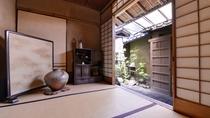 *≪館内イメージ/玄関≫プライベートを重視した静かな寛ぎの空間をご提供。