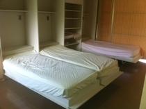 収納式ベッド3完了