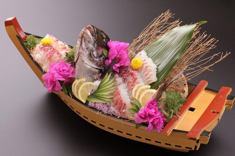 天草天然鯛のお造り(要予約)