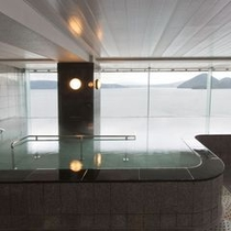 【大浴場】立湯も楽しめます。(夜中男女入れ替えあり)