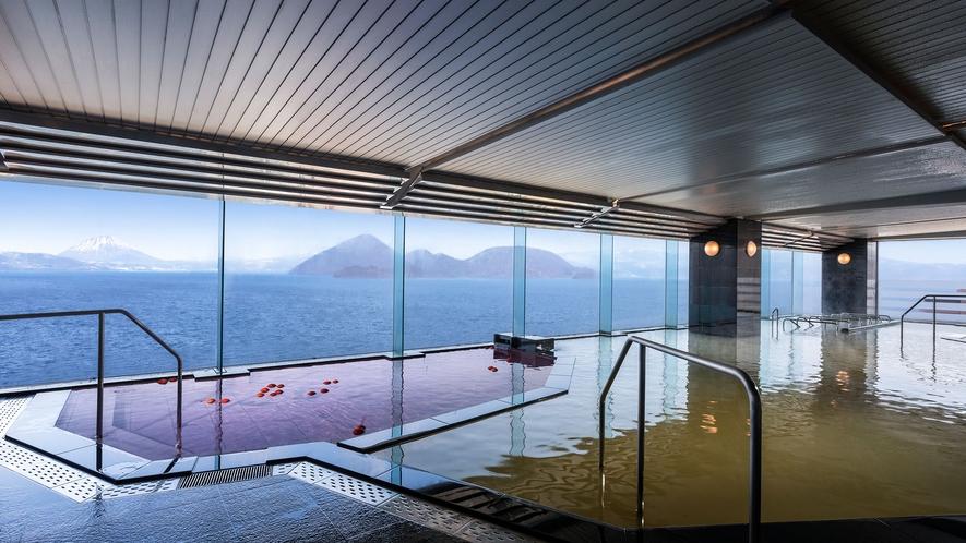 【大浴場】中島、羊蹄山、洞爺湖を一望できる絶景の大浴場