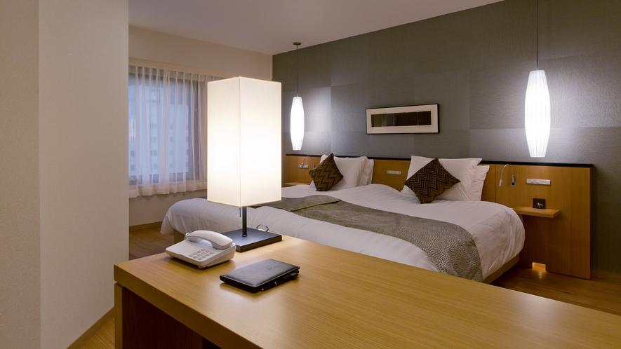 【スパリゾート館特別室】特別室は洋室と和室の2間の作りになっています。