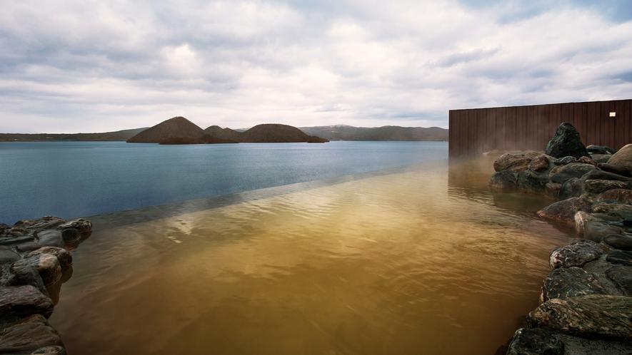 【天空露天風呂TENQOO】天気の良い日は羊蹄山が真正面に見え雄大な自然を感じることができます。