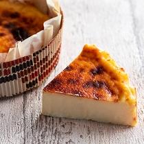 【ガトー・ド・ボヌール】話題のバスクケーキを乃の風スタイルで。濃厚なチーズがやみつきになります♪