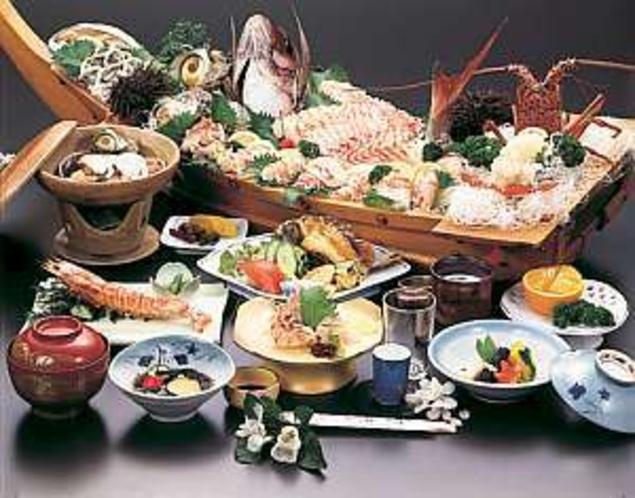 漁師10年・板場30年年の腕が鳴る。龍宮料理をご賞味あれ