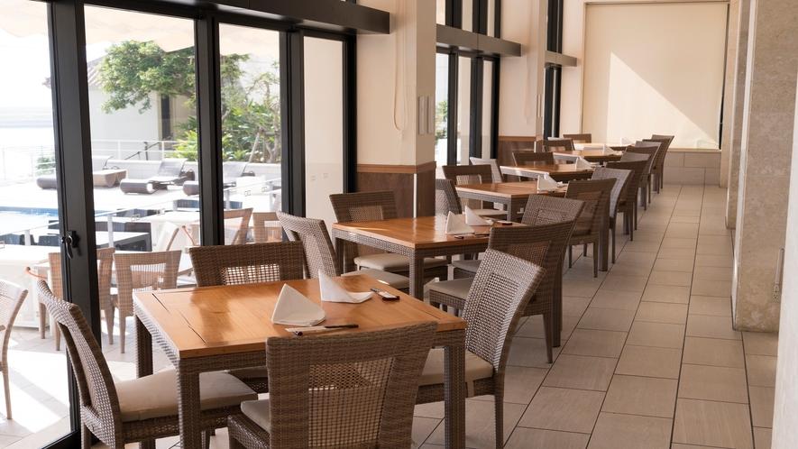 レストラン「風庭」窓際席