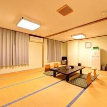 *[和室16.5畳] 9名様まで対応の広いお部屋。ファミリーやグループにおすすめ。