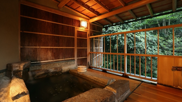庭の棟 露天風呂付客室【禁煙】
