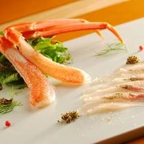 松葉蟹の刺身と岩魚のカルパッチョ