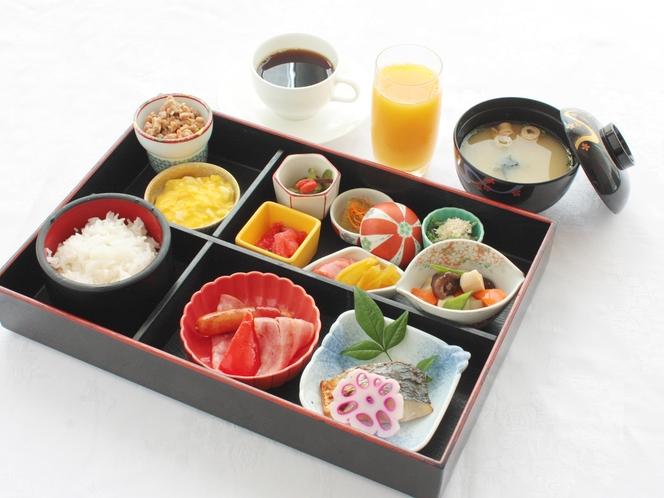 定食スタイルのご朝食