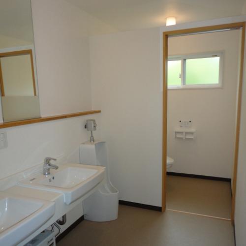 *共用トイレ(一例)/改築に伴い、リニューアルいたしました!
